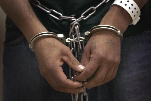 illegal handcuffs