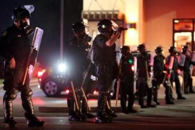 Riots-in-Ferguson-mikebrown